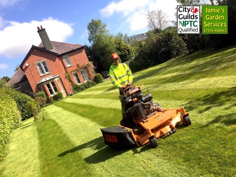 Commercial Grass Cutting of Large Lawned Areas